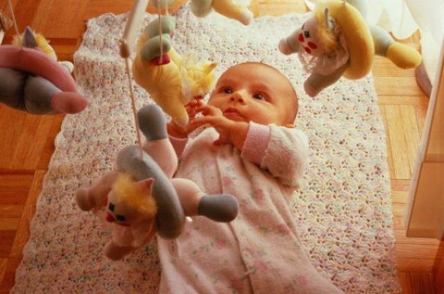 На месяц ребенку своими руками