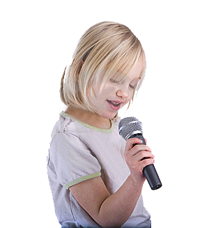 little_girl_singing